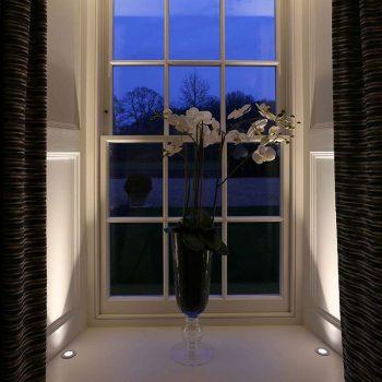 Lucca uplights window reveals