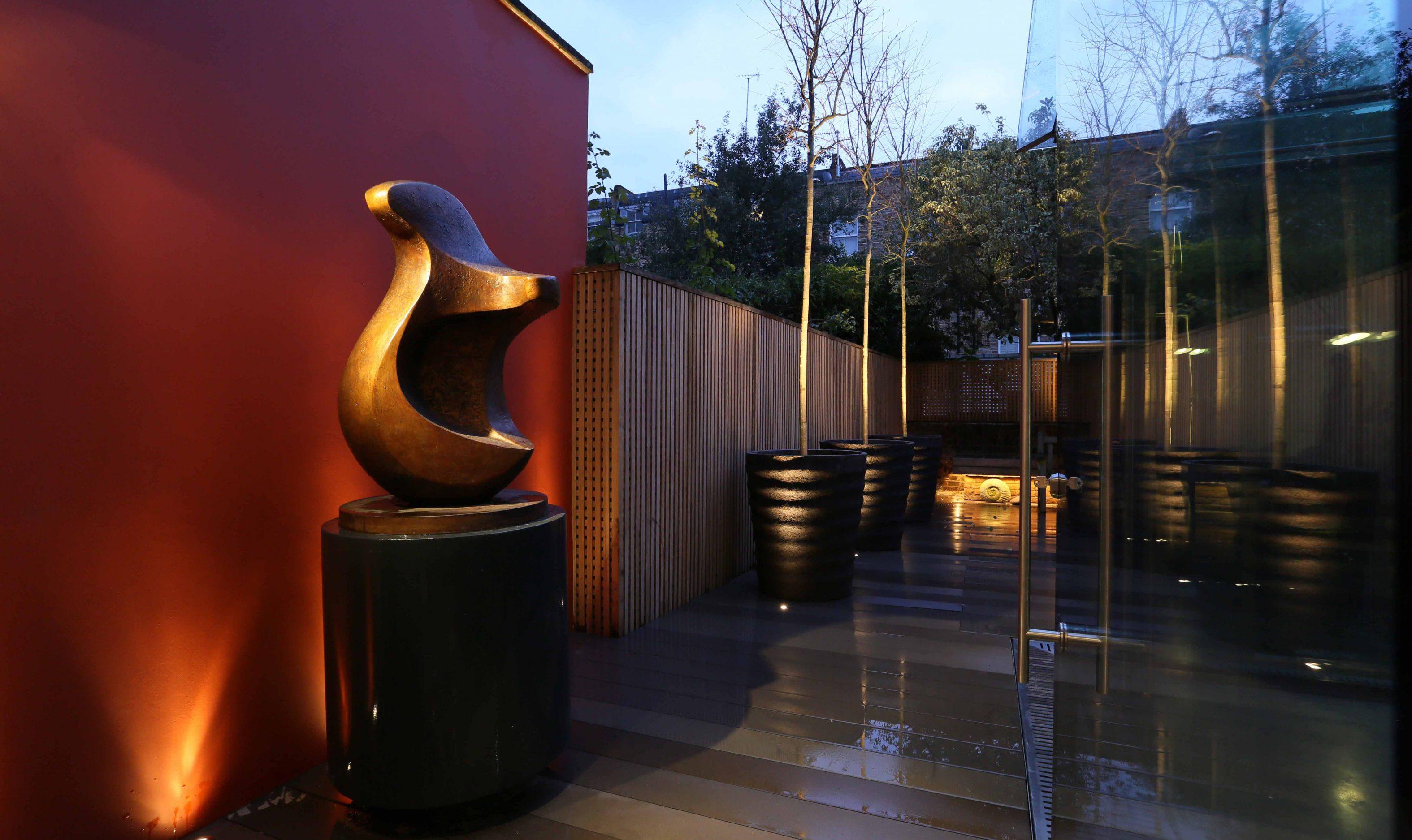 Garden with Sculpture lighting
