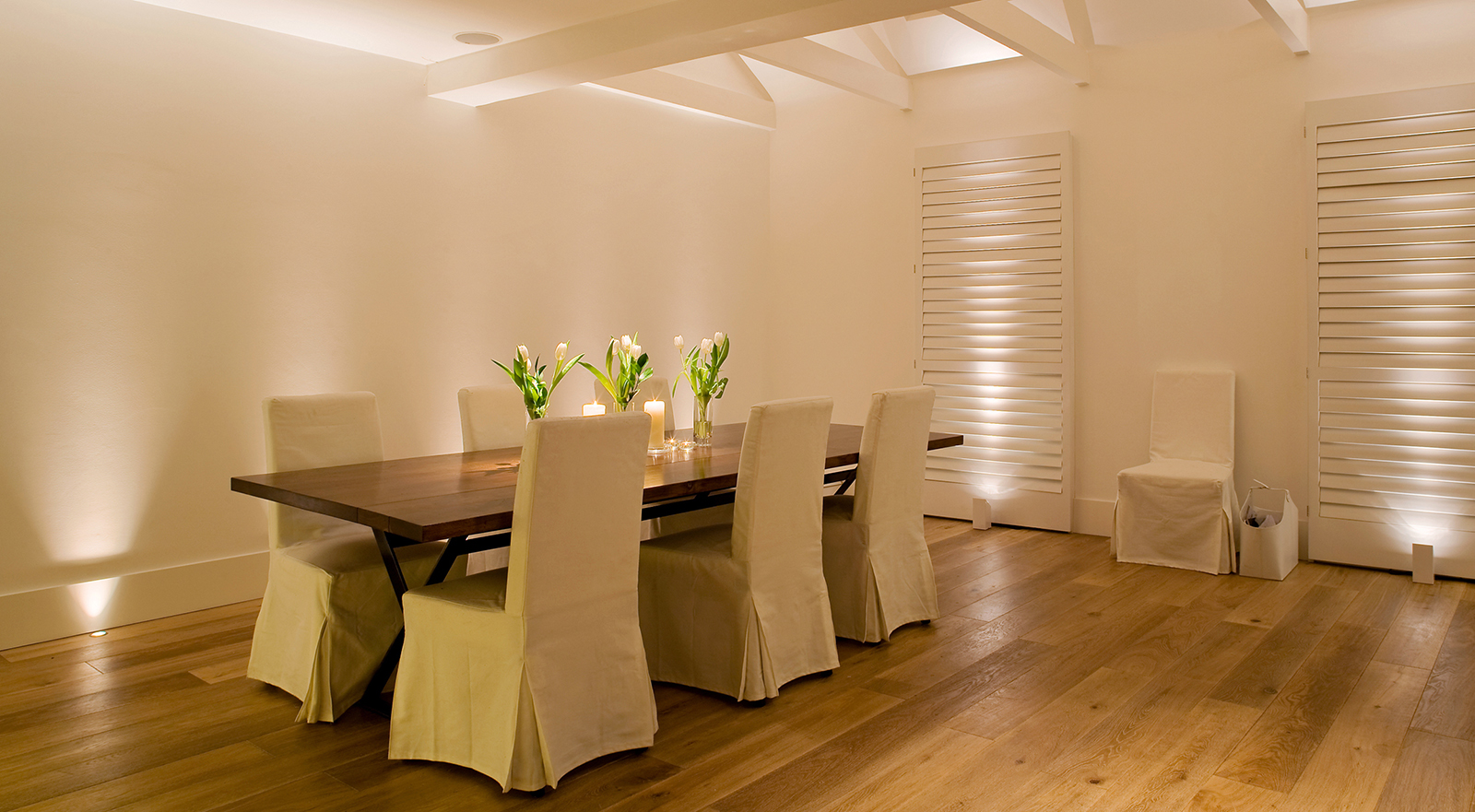 white dining room lighting