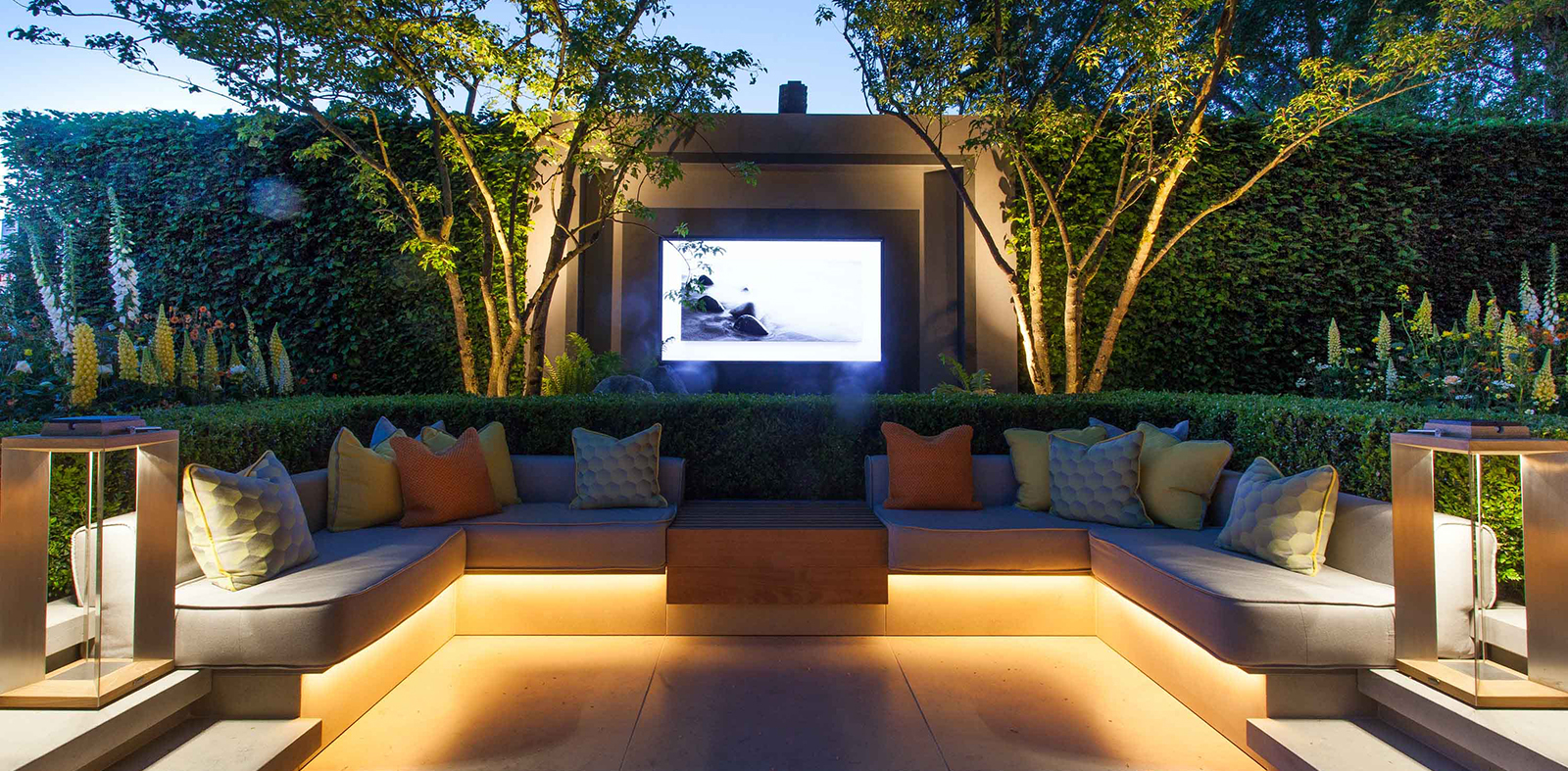 outdoor seating and TV lighting