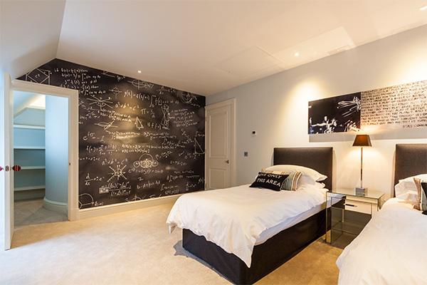 Teenagers bedroom lighting scheme