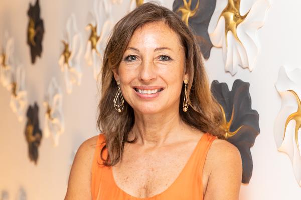 Sally Storey receives LIT 20202 Lifetime Achievement Award